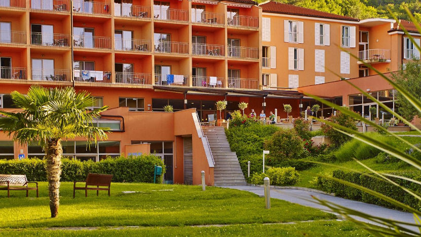 Nagrajenci nagradne igre vikend oddih za dve osebi v hotelu Salinera v Strunjanu  marec 2017   junij 2017